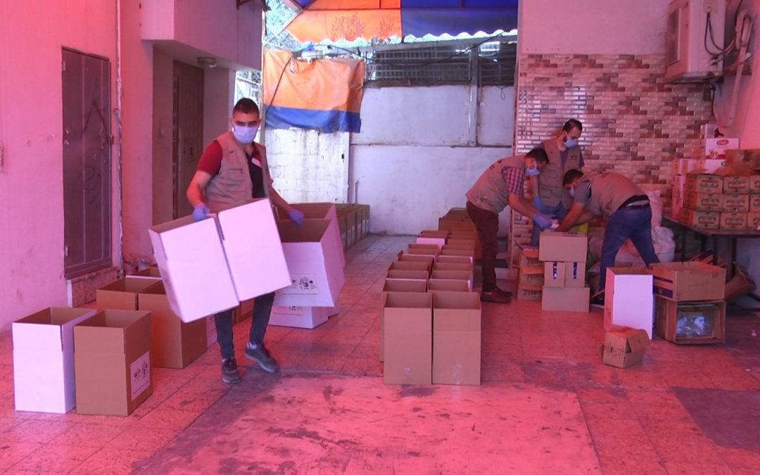 جمعية حنان بدعم من الشعب الايطالي توزع طرود غدائية على الأسر الفقيرة